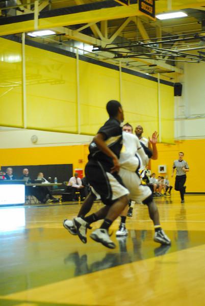 20100128_MCC Basketball_9983