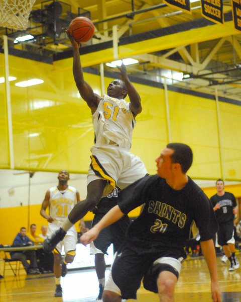 20100128_MCC Basketball_0022a