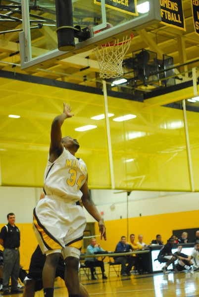 20100128_MCC Basketball_9999