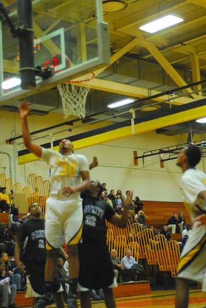 20100128_MCC Basketball_0061