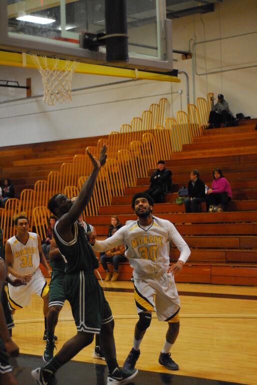 20120225_MCC Basketball_0277