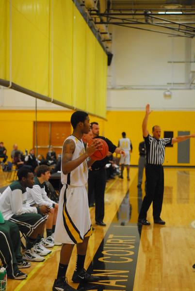 20120225_MCC Basketball_0231