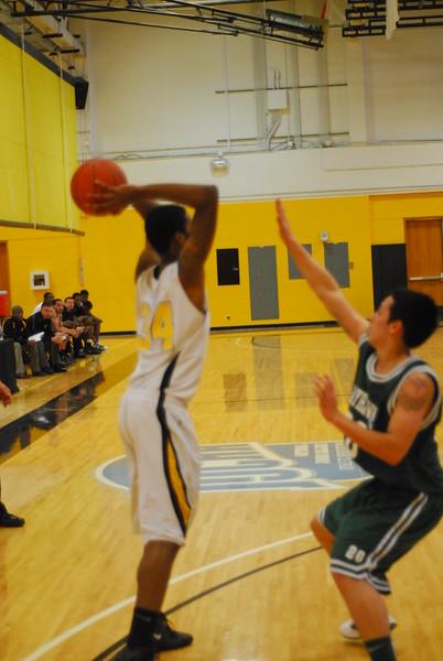 20120225_MCC Basketball_0269