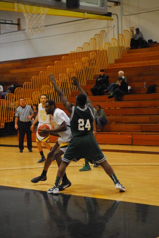 20120225_MCC Basketball_0247