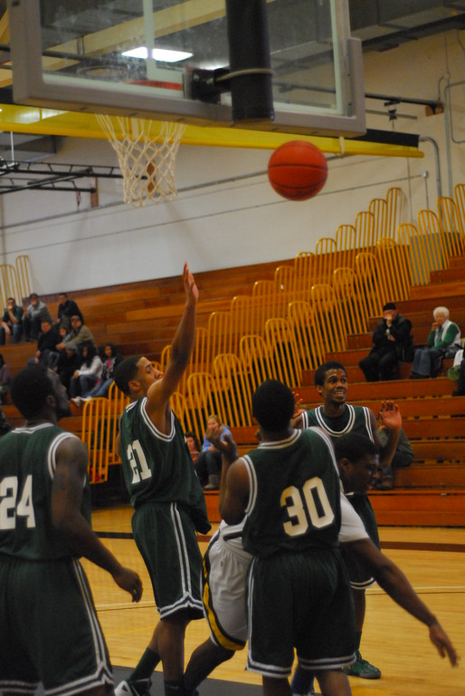 20120225_MCC Basketball_0216