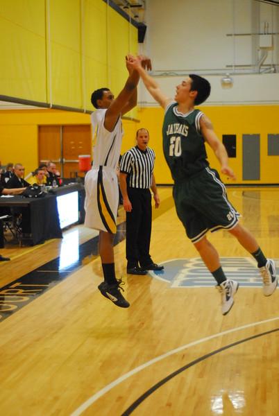 20120225_MCC Basketball_0305