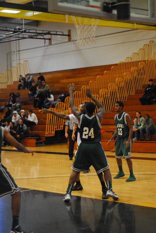 20120225_MCC Basketball_0251