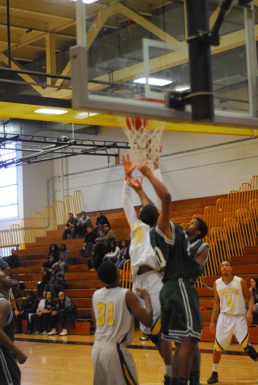 20120225_MCC Basketball_0205