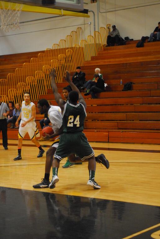 20120225_MCC Basketball_0248