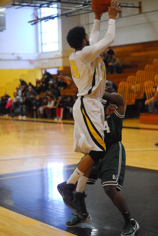 20120225_MCC Basketball_0296