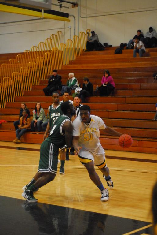 20120225_MCC Basketball_0200