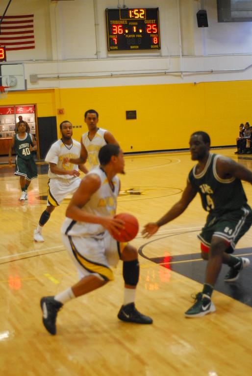 20120225_MCC Basketball_0319