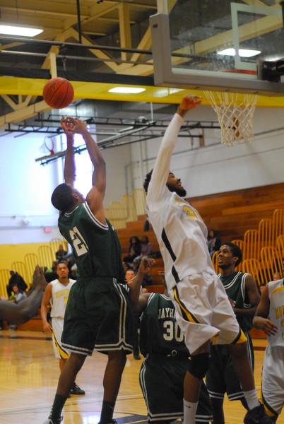 20120225_MCC Basketball_0210