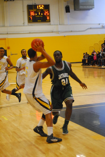 20120225_MCC Basketball_0320