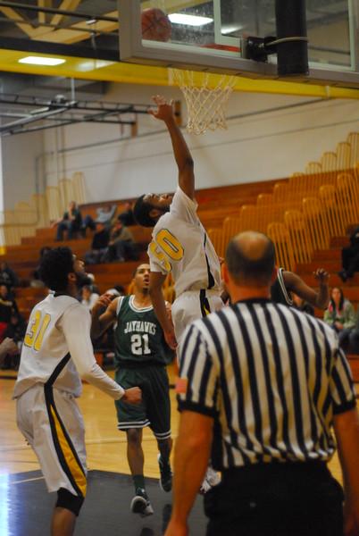 20120225_MCC Basketball_0324