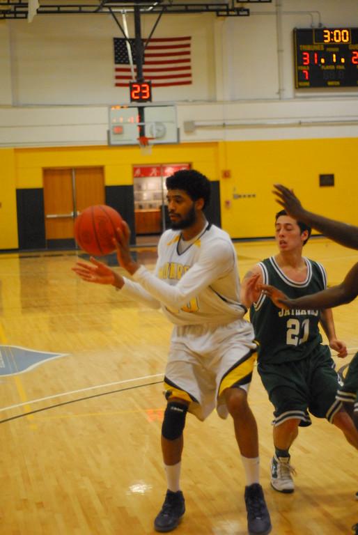 20120225_MCC Basketball_0313