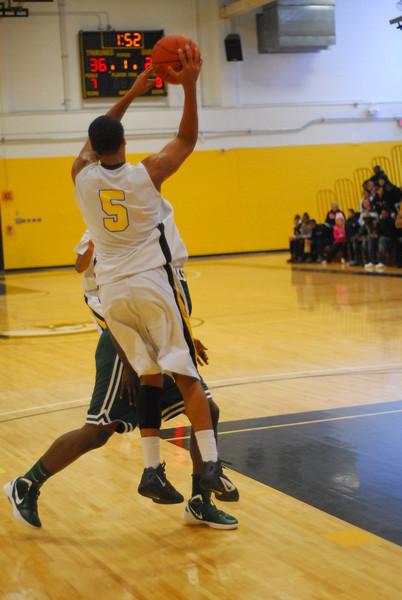 20120225_MCC Basketball_0321