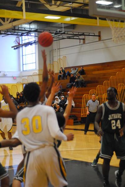 20120225_MCC Basketball_0318