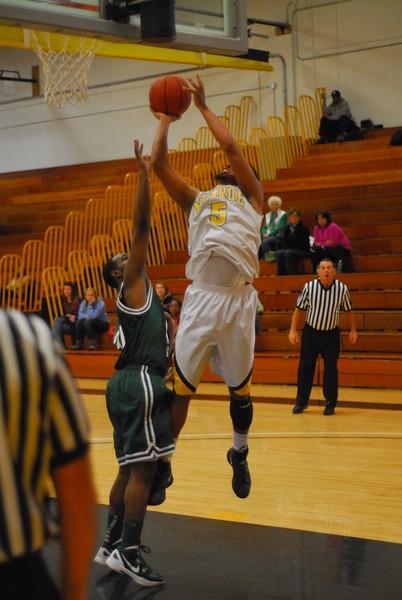 20120225_MCC Basketball_0308