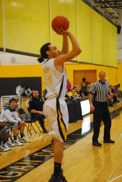 20120225_MCC Basketball_0256