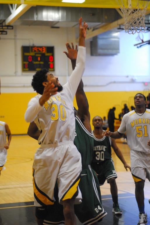 20120225_MCC Basketball_0197