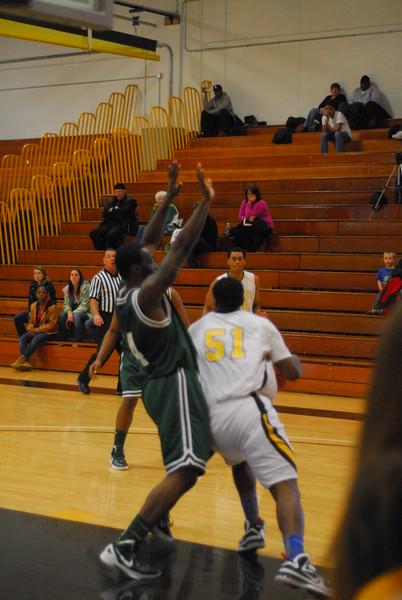 20120225_MCC Basketball_0204