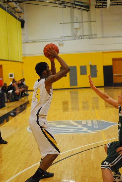 20120225_MCC Basketball_0268