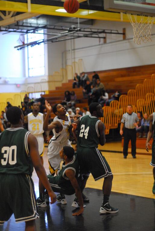 20120225_MCC Basketball_0255