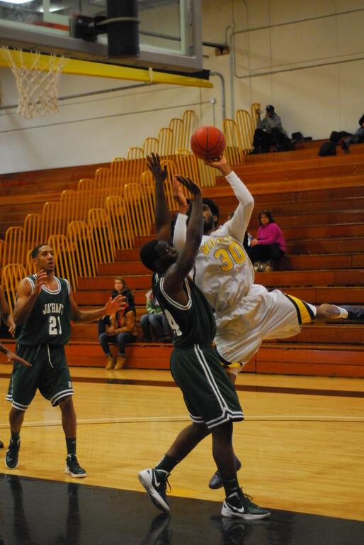 20120225_MCC Basketball_0274
