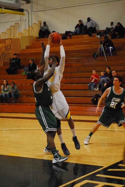 20120225_MCC Basketball_0272