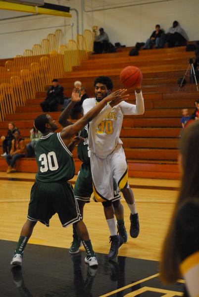 20120225_MCC Basketball_0228