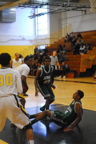 20120225_MCC Basketball_0217