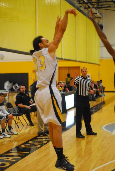 20120225_MCC Basketball_0257