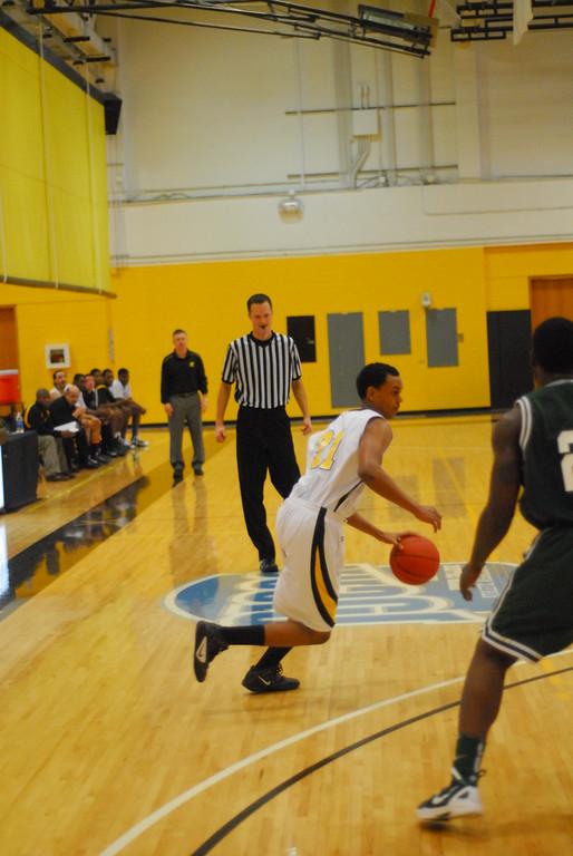 20120225_MCC Basketball_0300
