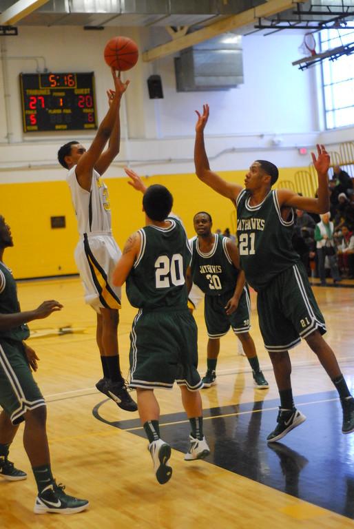 20120225_MCC Basketball_0302