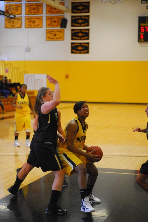 20120225_MCC Basketball_0170