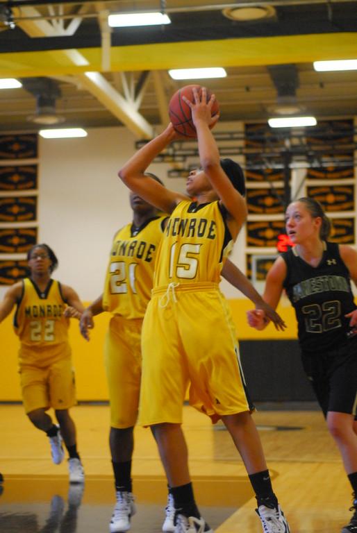 20120225_MCC Basketball_0141