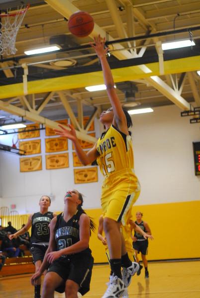 20120225_MCC Basketball_0099