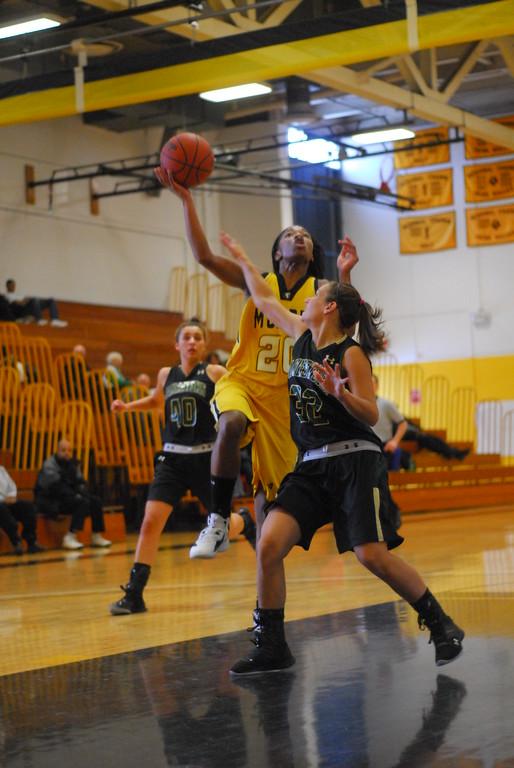 20120225_MCC Basketball_0119