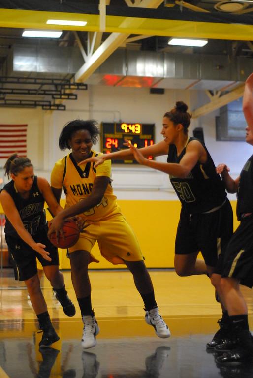20120225_MCC Basketball_0034