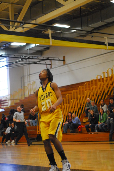20120225_MCC Basketball_0048