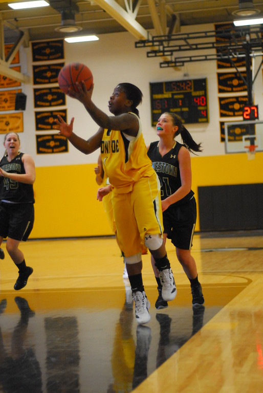 20120225_MCC Basketball_0162