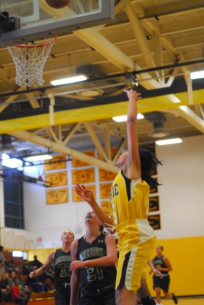 20120225_MCC Basketball_0100