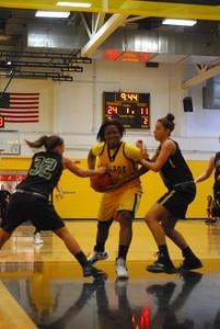 20120225_MCC Basketball_0032