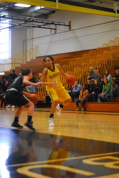 20120225_MCC Basketball_0055