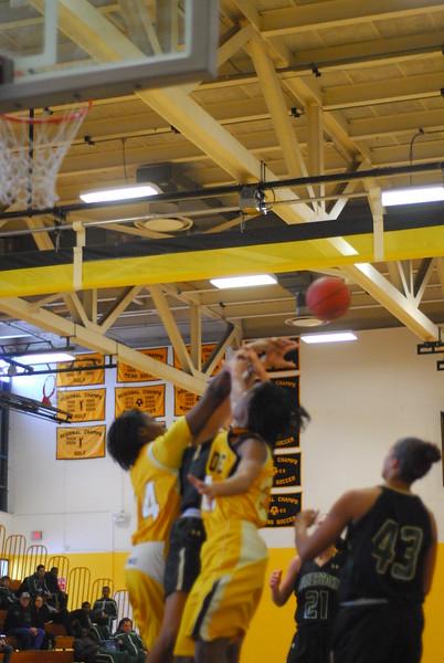 20120225_MCC Basketball_0088