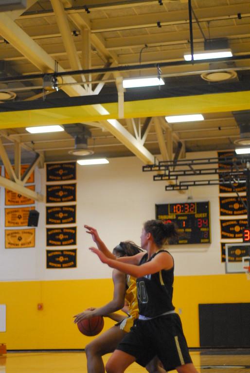 20120225_MCC Basketball_0130