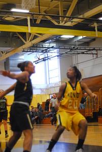 20120225_MCC Basketball_0046