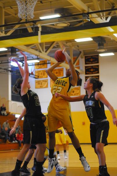 20120225_MCC Basketball_0135