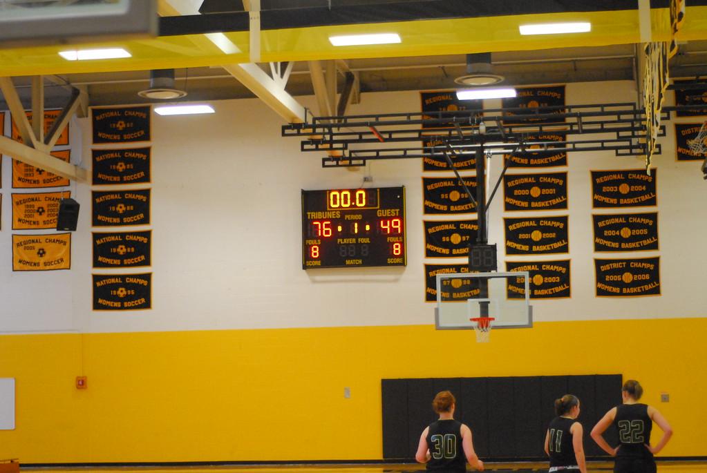 20120225_MCC Basketball_0194